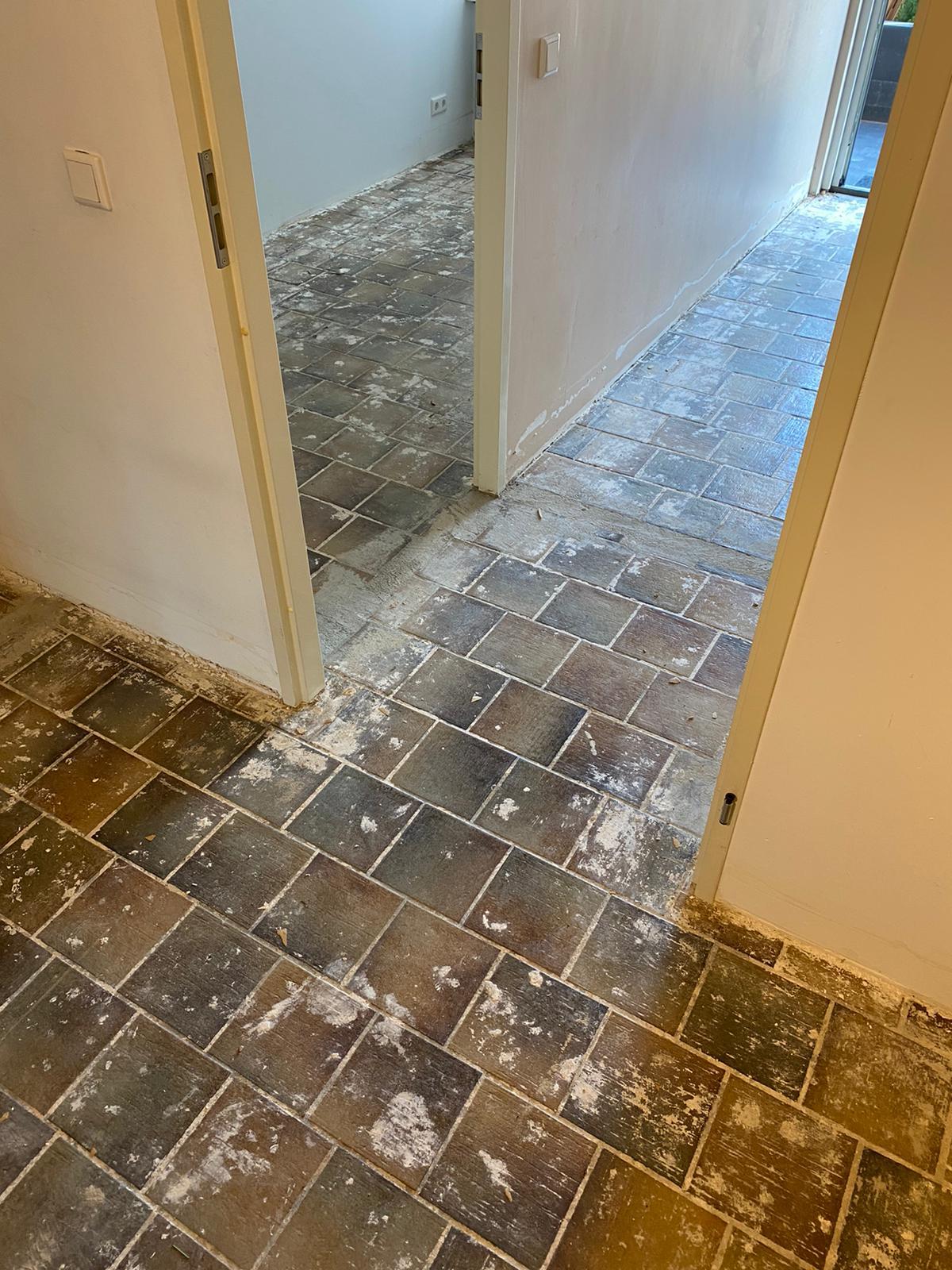 Project visgraat vloer Bacovloeren afbreken oude vloer hal en kamers