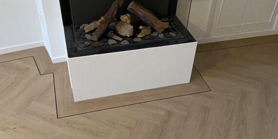 Visgraat vloer vakkundig gelegd door bacovloeren.nl uw Vloerenspecialist