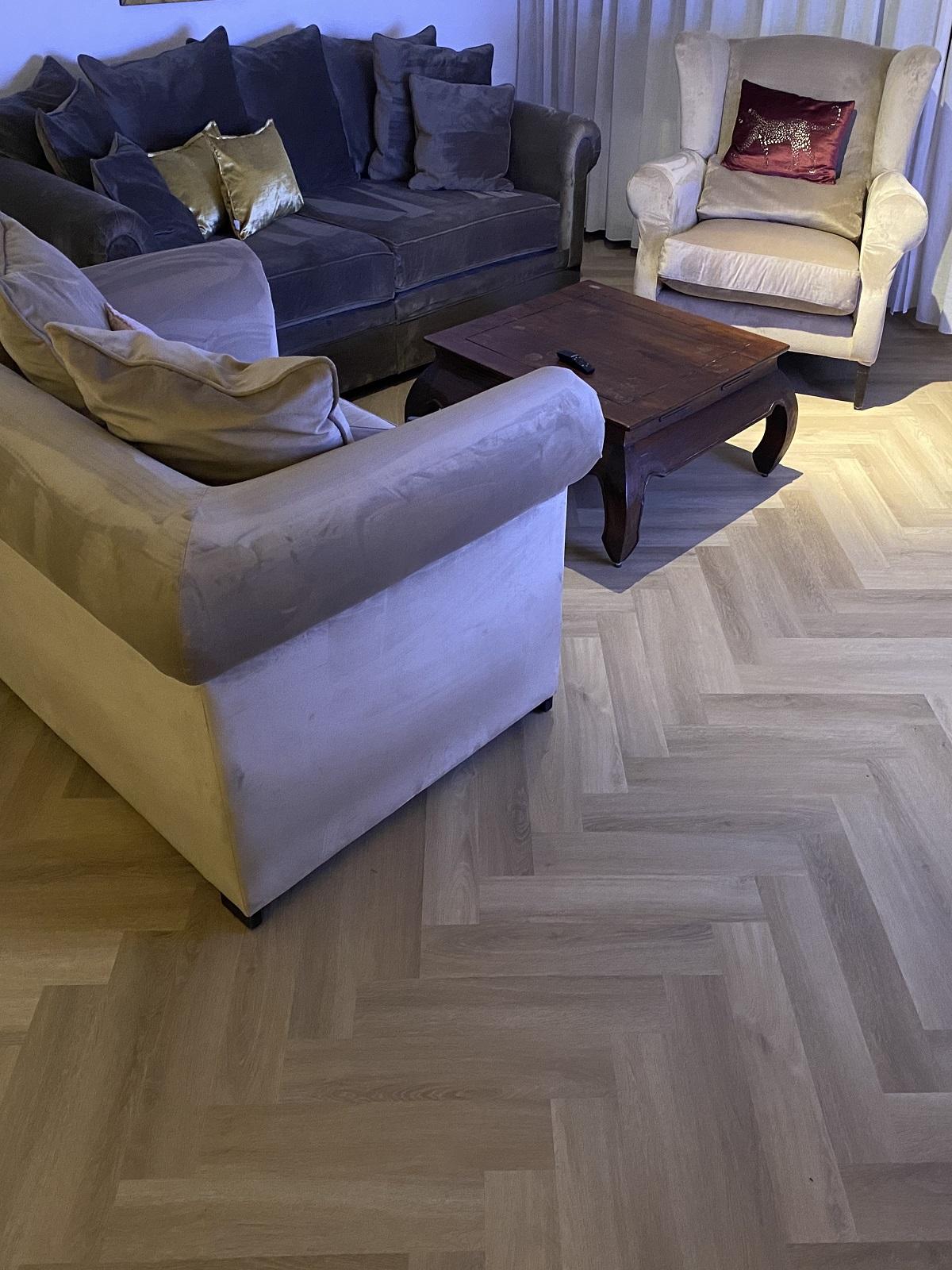 isgraat vloer vakkundig gelegd door bacovloeren