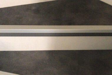 Bacovloeren traprenovatie pvc met aluminium stootranden