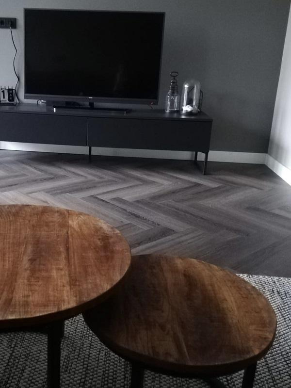 Bacovloeren visgraat PVC woonkamer