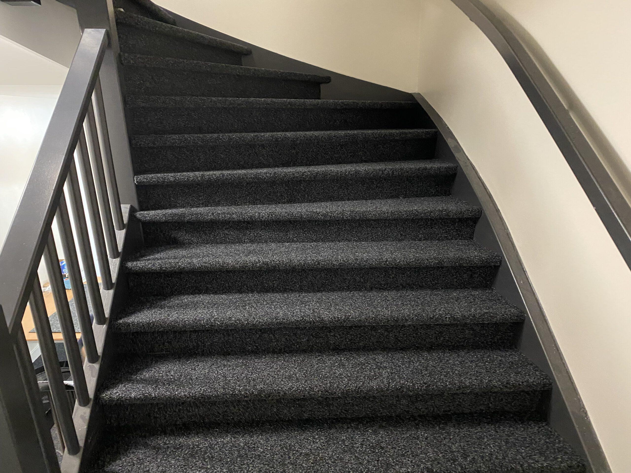 Renovatie trappenhuis Deventer Bacovloeren.nl